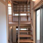 階段(中二階)